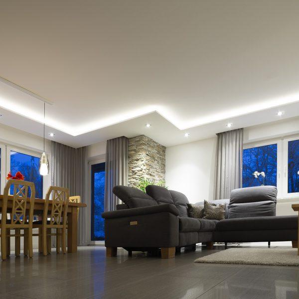 Hochwertige Wohnzimmerbeleuchtung